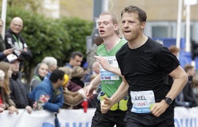 Axel Ronse loopt marathon Eindhoven