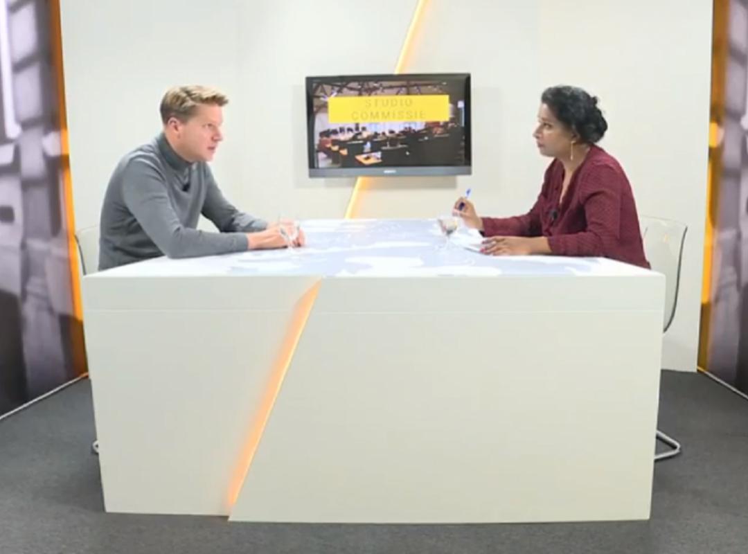 Vlaams Parlement TV met Axel Ronse